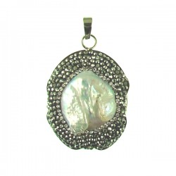 FWP pendant with crystals